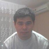 Самат Алтынбаев